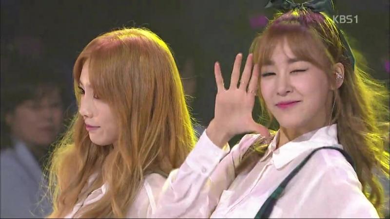 [141019] Girls' Generation-TTS - 'Holler' at KBS1 Open Concert