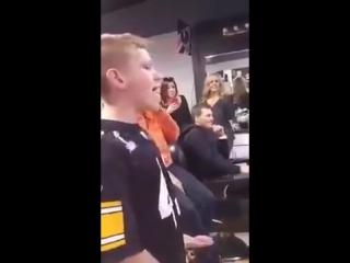 11-летний мальчик круто поёт песню Адель