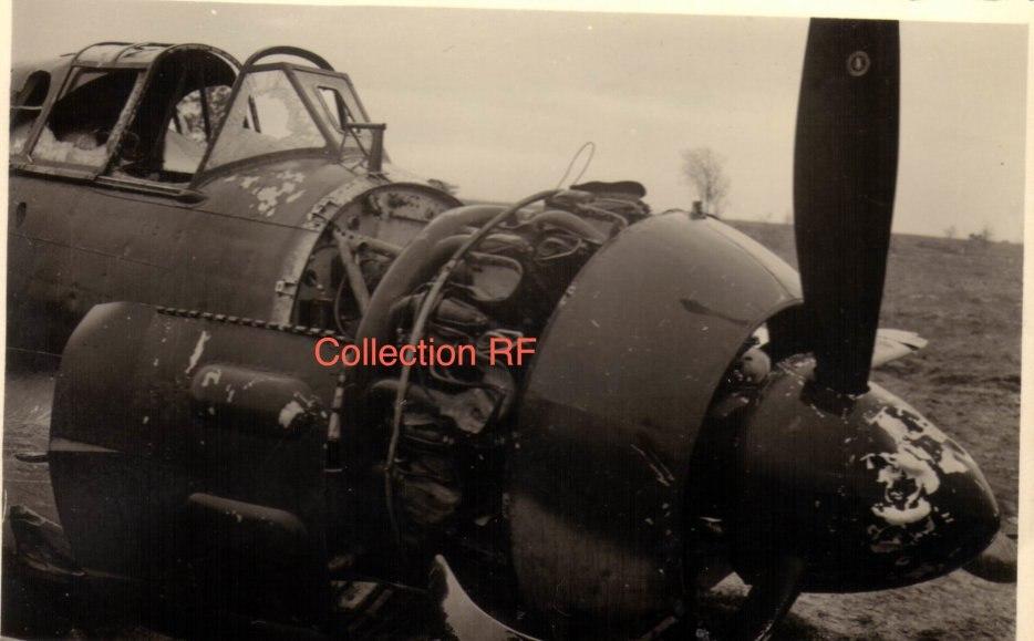 Остатки разбитого французского истребителя Блок МВ-152 из GC I/8, подбитого в бою 14.05.1940