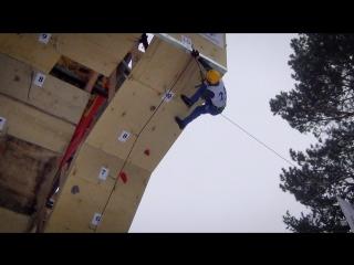 DIY: в Томске волонтеры построили профессиональный скалодром своими руками