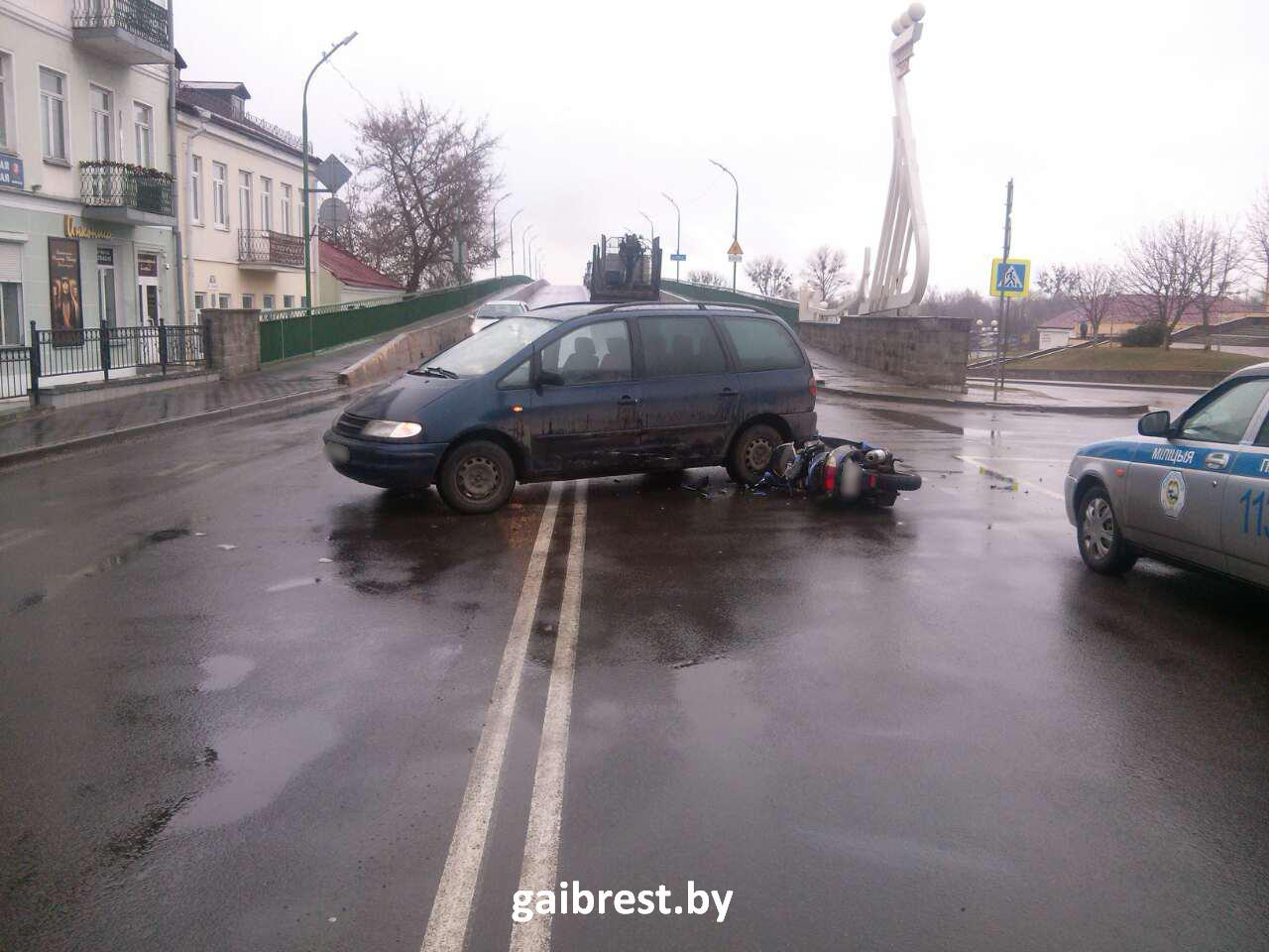 Конфликт главной дороги в Пинске: водитель госпитализирован