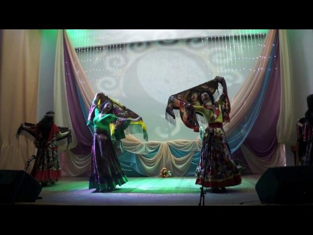 Танец с шалью