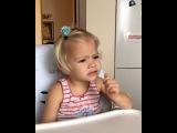Ещё раз о сказках,но под другим углом)))... Мне нравится слушать Алисины сказки. Там прослеживаются книги, которые мы ей читаем, а самое главное то, как мы читаем и какие ошибки делаем... Почему маленький ребёнок не может рассказать сказку от начала до ко