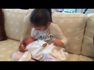 "Иванка Трамп on Instagram: ""Arabella serenading her new baby brother. 🎼"""