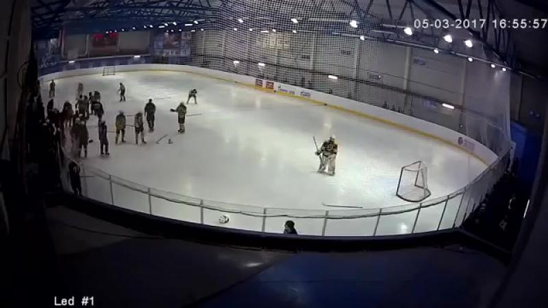 Драка юниоров Кристалл и Драгуны (VHS Video)