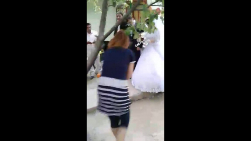 Типа свадьба на паказ саседям Дурдана и Азида ани не такие