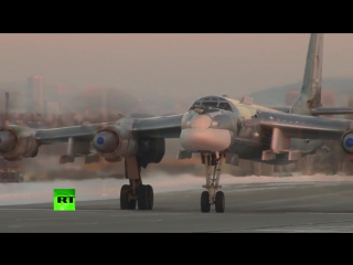 Ту-160 «Белый лебедь» и Ту-95МС совершают перелёт в рамках внезапной проверки бо