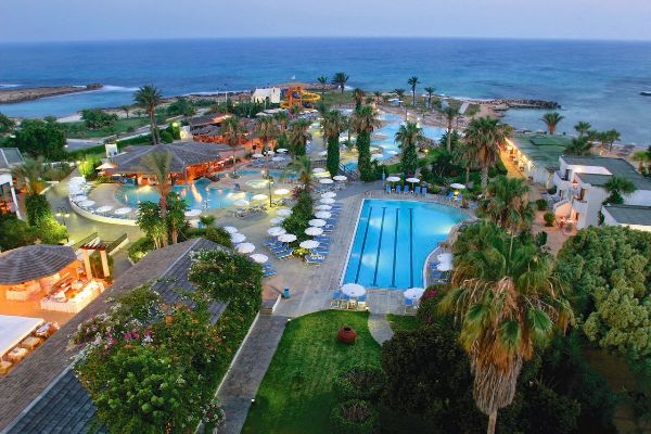 Hotels Mayer all inclusive with private beach