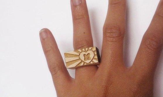 Деревянное кольцо-печать
