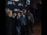 meet & greet before our show tonight in Boston. pick up #sum41vip packages for all upcoming shows now at: bit.ly/2b66jx4