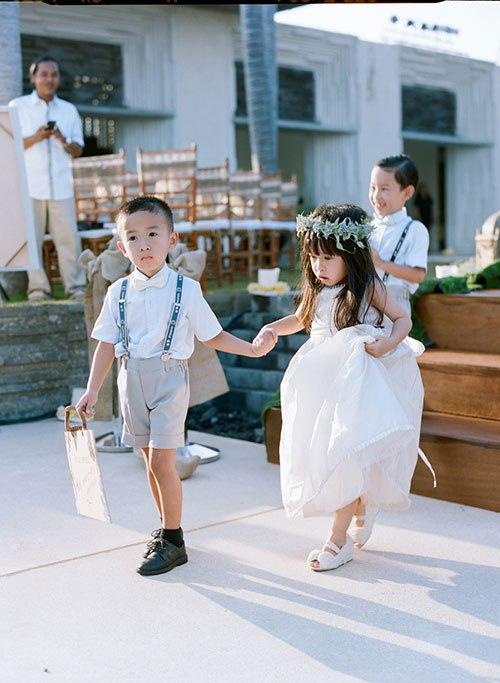 1LrMrkyf88Y - Цветы жизни на свадьбе