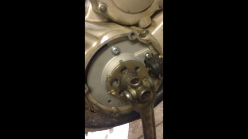 замена маслоотражательных колпачков без снятия ГБЦ Yamaha xj400s