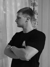 Глеб Мезенцев