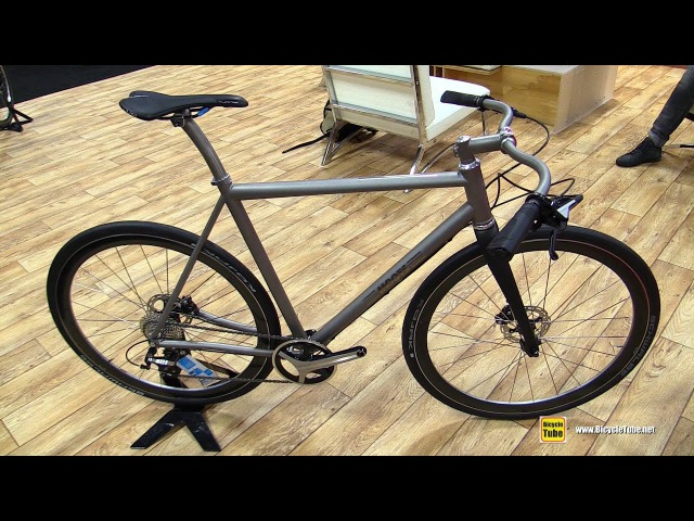 2017 Moots Bike with Shimano Metrea Groupset - Walkaround - 2016 Interbike Las Vegas
