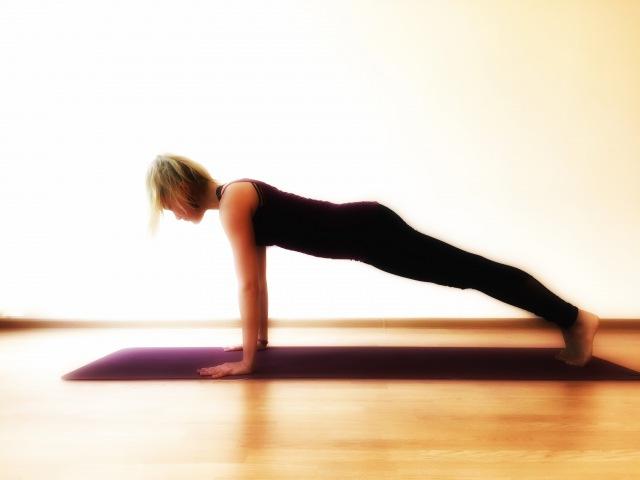 Стойка на руках. 7 эффективных упражнений для укрепления рук
