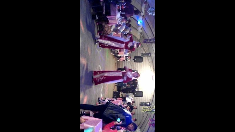 Крымско татарский танец на свадьбе