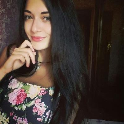 Вика Коробкова