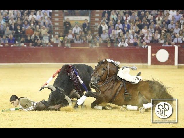Feria de Zaragoza 2016 - Novillada y Rejones, con cogida de Lea Vicens