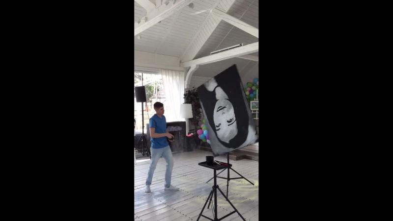 Звездное Шоу / Танцующий художник от Galitsyna Art Group