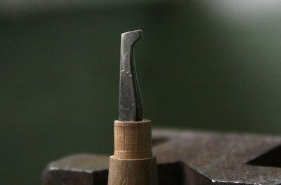 Давчик— ручной инструмент для
