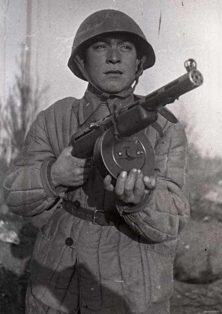 Пистолет-пулемёт системы Дегтярёва образца 1940 года (ППД-40).