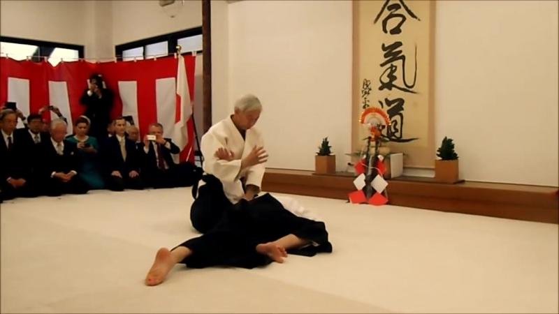 Aikido Doshu Moriteru Ueshiba Kagamibiraki 2017