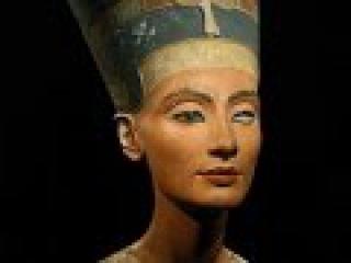 NG: Нефертити и пропавшая династия (2007)