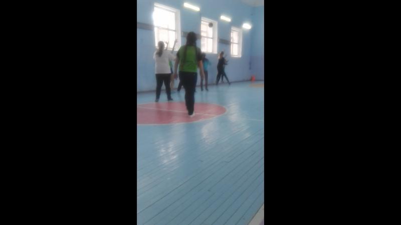 играем баскетбол♥♥