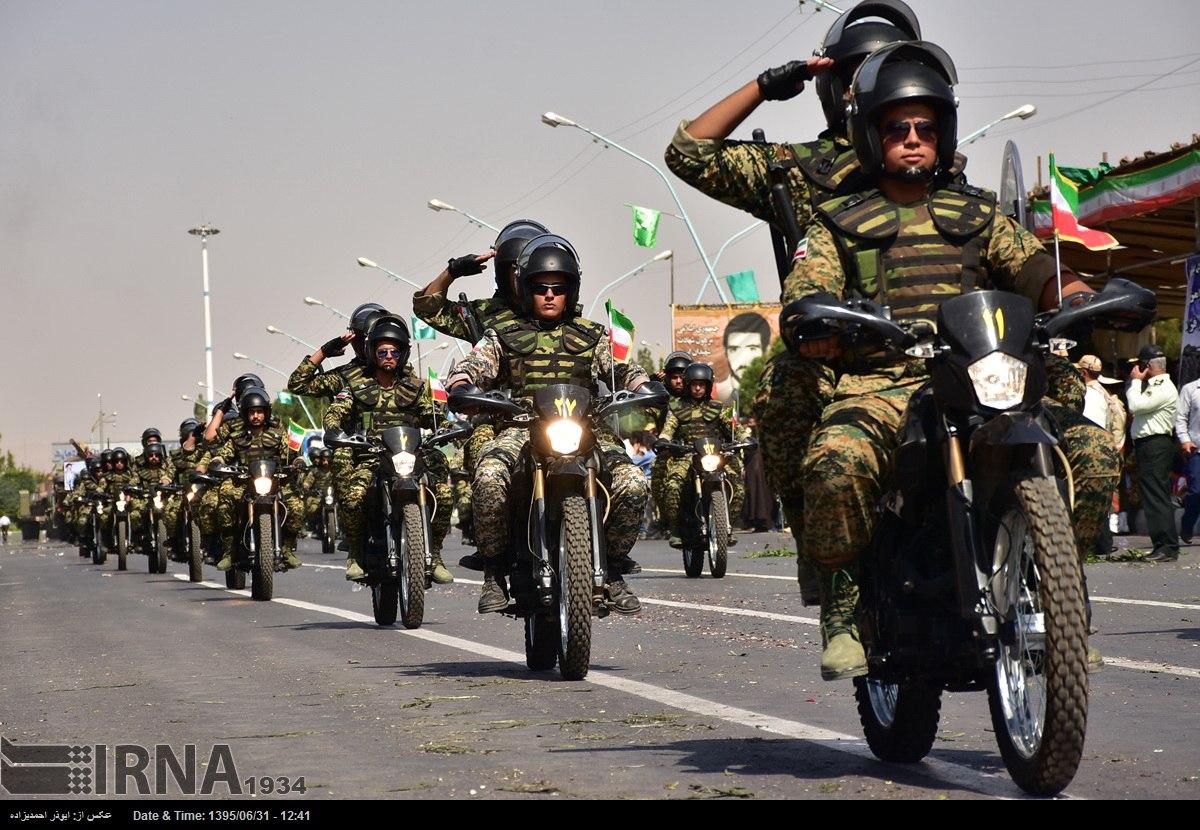 Katonai diszszemlék, felvonulások AVIZOF2wygM