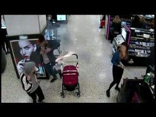 Взрыв электронной сигареты: запись камер видеонаблюдения