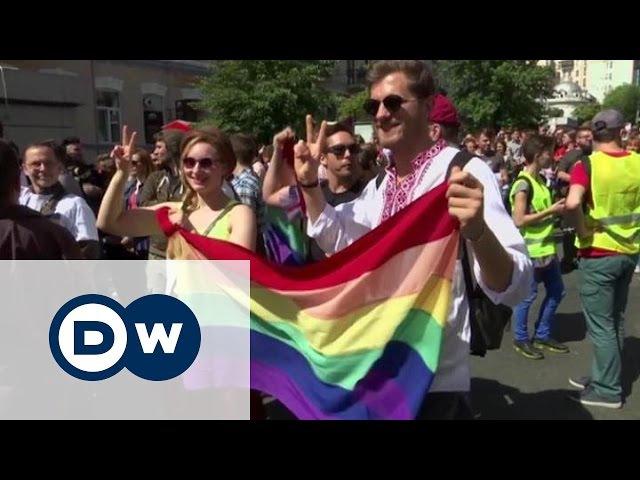 Мирний КиївПрайд-2016: чи стане секс-меншинам жити легше в Україні? (13.06.2016)