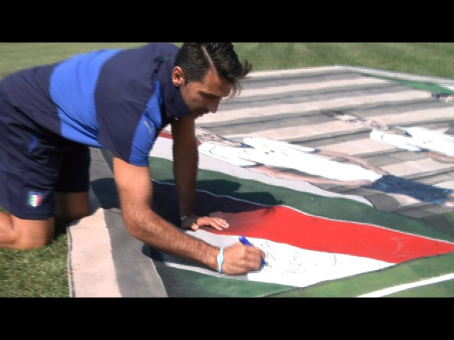 Murales 3D Puma all'asta per le vittime del terremoto