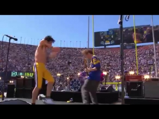 Red Hot Chili Peppers Preshow Los Angeles Rams (18/09/16)