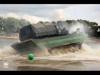 Открытая вода-2015 — погрузка автомобиля на плавающий транспортер ПТС