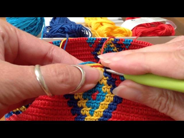Mochila, how to prevent the yarns from tangling / hoe hou je de draden uit de knoop