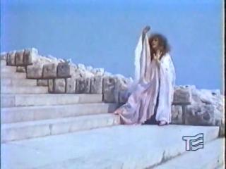Алла Пугачева - Дежурный ангел (клип, 1982 год)