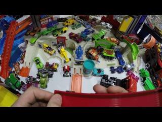 Машинки Пита 124 Играть с Детьми в гараже Хот вилс и делать Обзоры игрушек