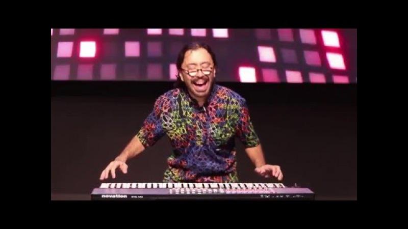 EZkeys: Thiago Pinheiro performance