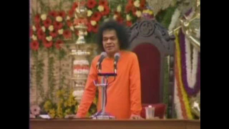 Бхагаван поёт Бхаджан Према Мудита Манасе Кахо
