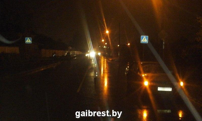 Совершая обгон, водитель сбил пешехода на улице Фортечной