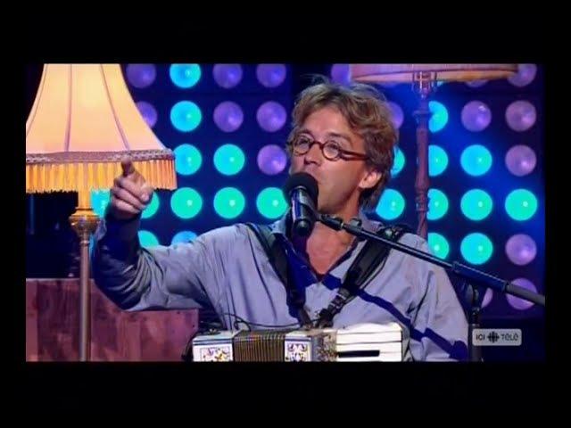Fred Pellerin chante Mamy Blue pour Céline Dion