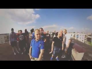 Клип про фанатов польского Лёха