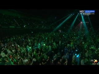 James Wade vs Michael van Gerwen (2016 Premier League Darts / Week 13)