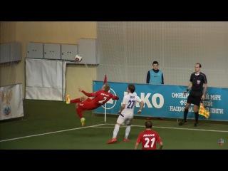 Эффектный вынос мяча от Валерия Кичина