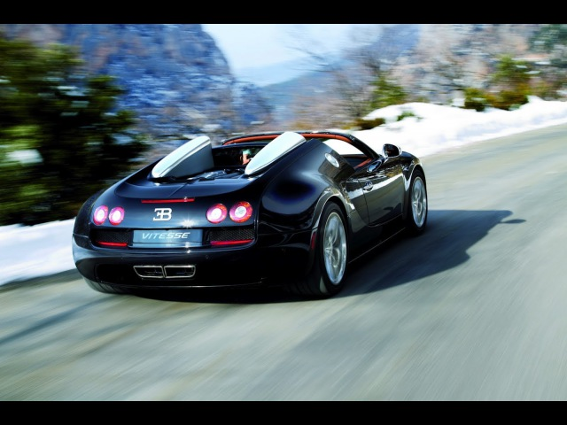 Bugatti Veyron Grand Sport Vitesse video Setting the World Speed Record - 2014 2015 top vayron 2016