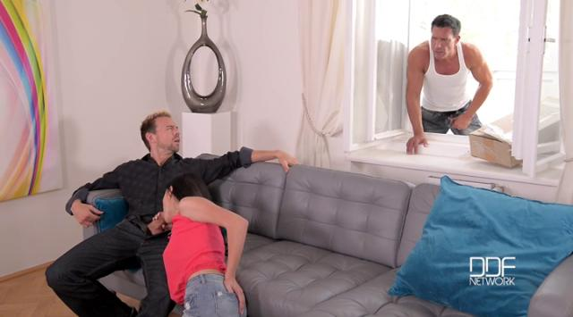 HandsOnHardcore – Nicole Love – Cum Delivery – Two Studs Bang Teen's Pussy And Asshole