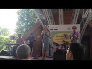 Полина Зизак и инструментальный квартет (сборка)