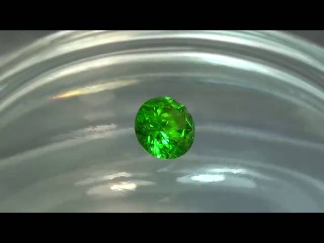 DEMANTOID 0,80ct 5,6мм NATURAL HORSETAIL ULTRA RARE GARNET RUSSIAN