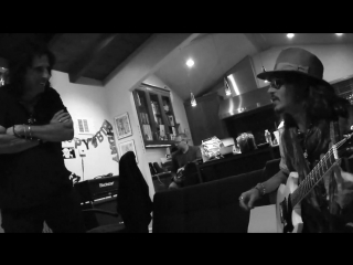 Hollywood Vampires - My Dead Drunk Friends by Johnny Depp Album Teaser