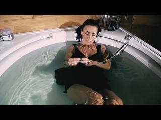 Зануда Больно ft Ангелина Рай (РЕП Индустрия) клип больно когда уже прошла любовь .